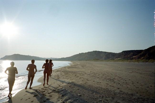 spiagge-nudiste-casello-41-sicilia_650x435