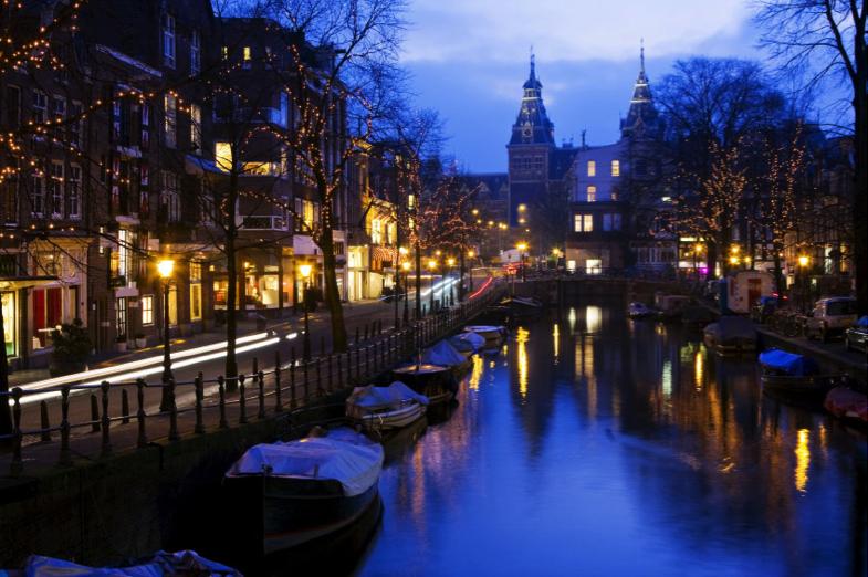 Hotel ad amsterdam la citt dei tulipani for Soggiornare ad amsterdam